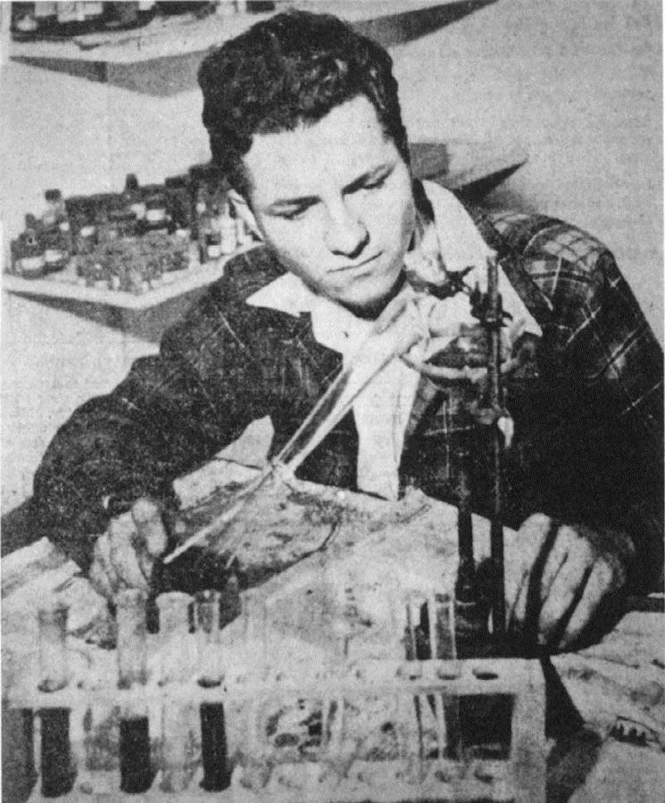 Эдвард Торп во время учёбы в средней школе, фото Lomita News
