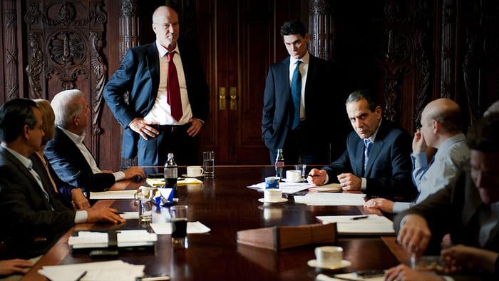 Кадр из фильма «Слишком крут для неудачи», 2011 г.
