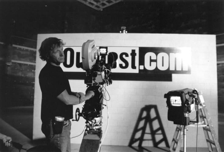 Cyberian Outpost запомнился яркими рекламными роликами. На фото — оператор Кристоф Ланценберг