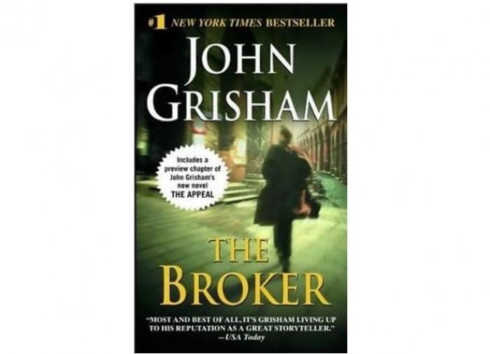 Обложка англоязычного издания романа Джона Гришэма «Брокер»