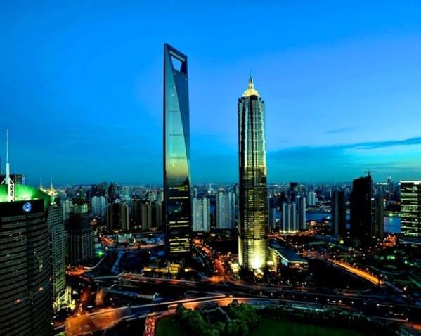 Шанхай, здание Всемирного финансового центра. Фото из открытого источника