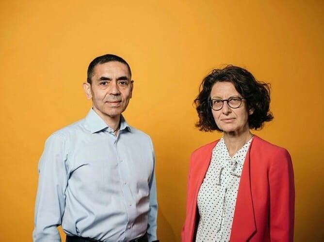 Угур Сахин и Озлем Тюречи. Источник: ensonhaber.com