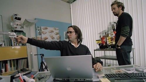 Кадр из фильма «99 франков»