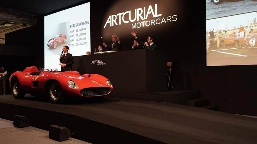 Рис. 5. Ferrari 335 Sport Scaglietti. Источник: https://motor.ru/news/ferrarirar-08-02-2016.htm