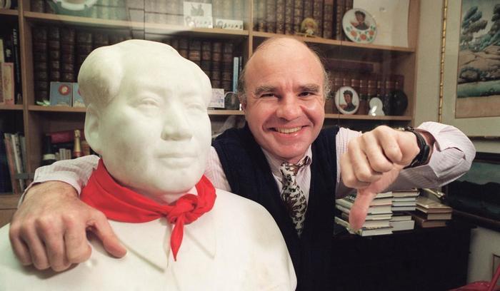 Марк Фабер в своём офисе в Гонконге в 1993 году