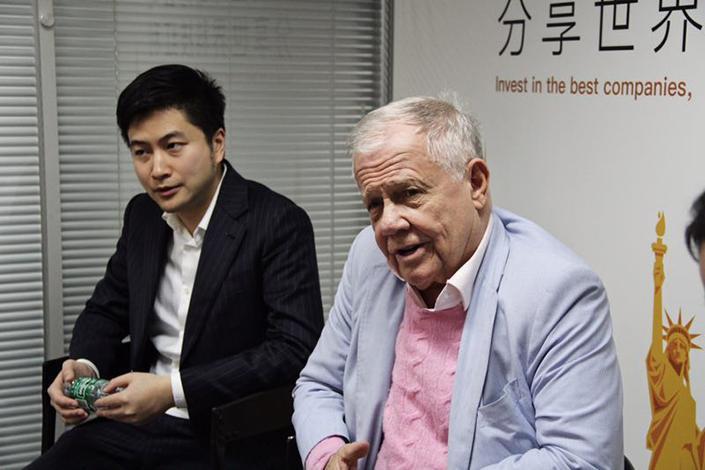 Джим Роджерс и CEO «Tiger Brokers» Ву Тяньхуа