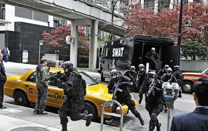 Кадр из фильма «Нападение на Уолл-стрит»