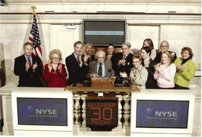 Ирвинг Кан на открытие торгов на Нью-Йоркской фондовой бирже 30 декабря 2005 года