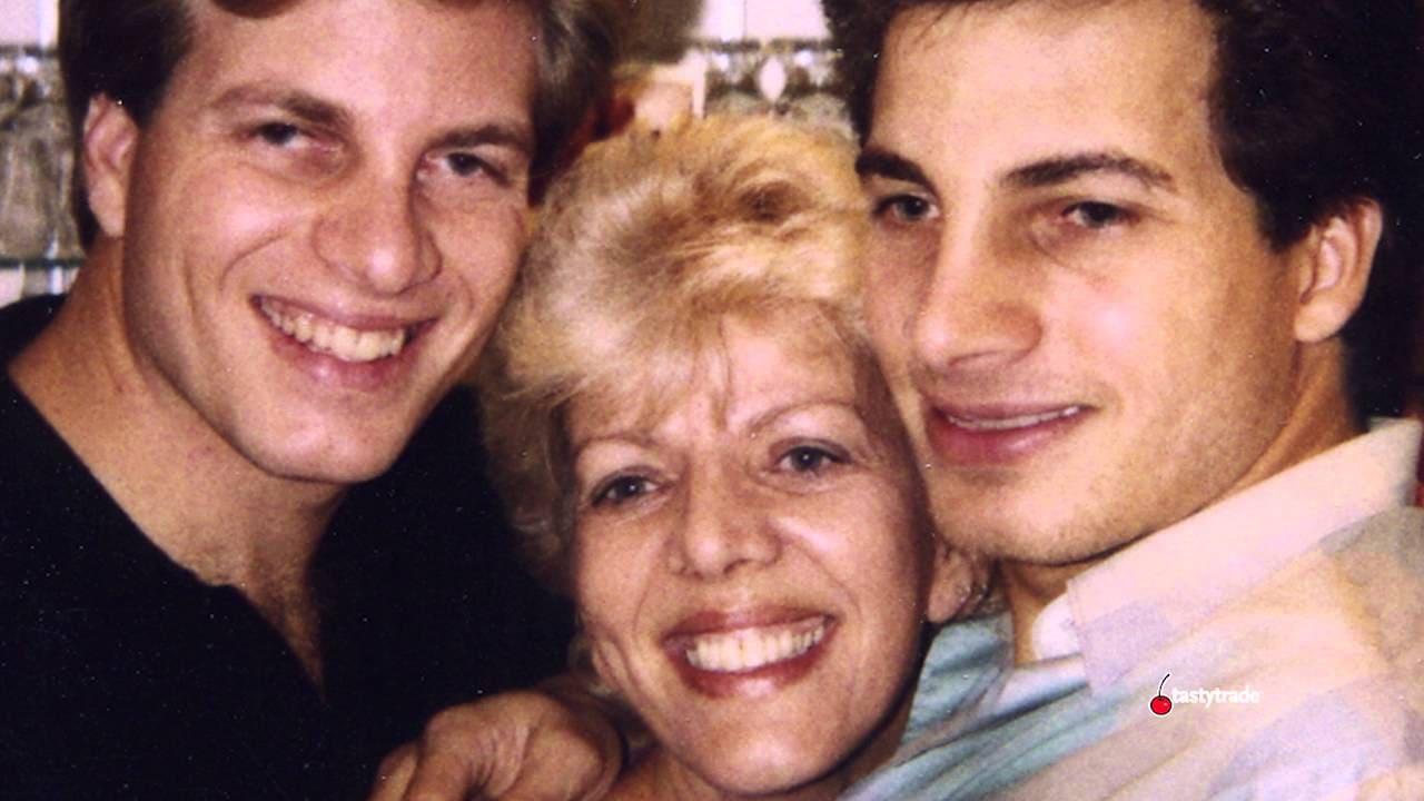 Льюис Борселлино с матерью и братом Джоуи