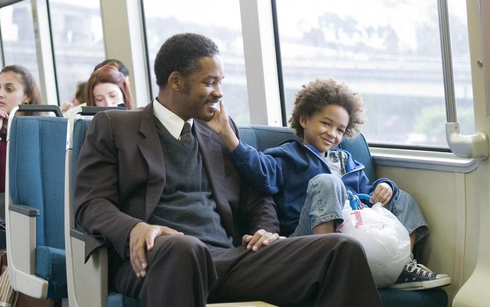 Кадр из фильма  «В погоне за счастьем»