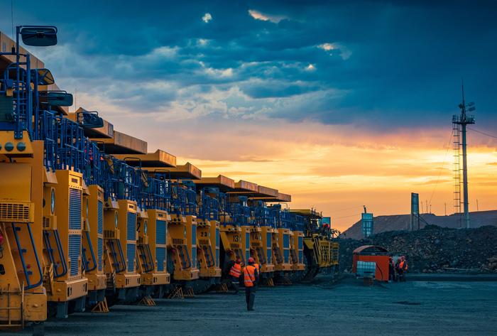 Карьерные самосвалы (Кызыл, Казахстан). Фото с официального сайта компании