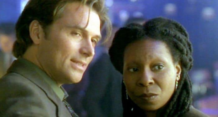 Кадр из фильма «Компаньон» (1996 г.)