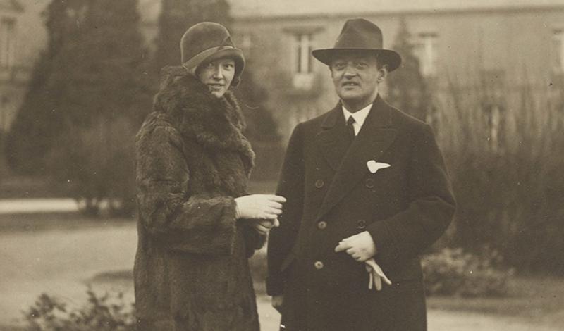 Йозеф Шумпетер со своей секретаршей Мией Стокель, 1933 год