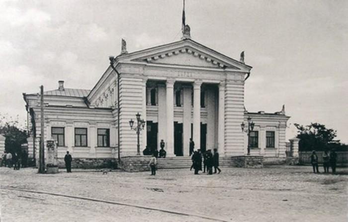 Самарская биржа. Изображение из собрания автора.